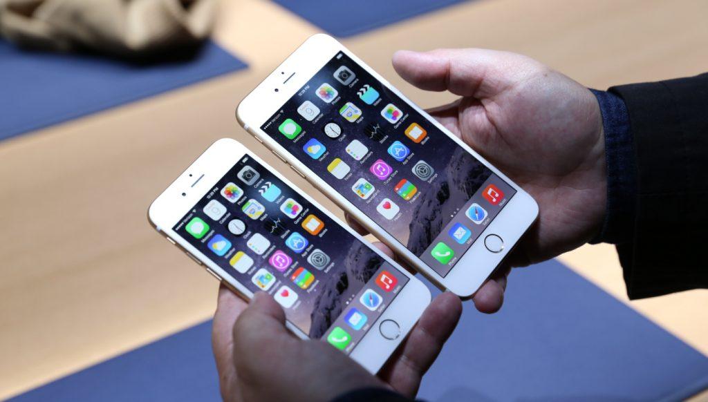 Giá thành là yếu tố khiến nhiều người tiêu dùng lựa chọn iPhone hàng xách tay